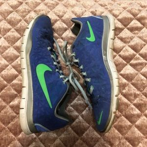 Nike Free Women's Blue and Green Tennis shoes